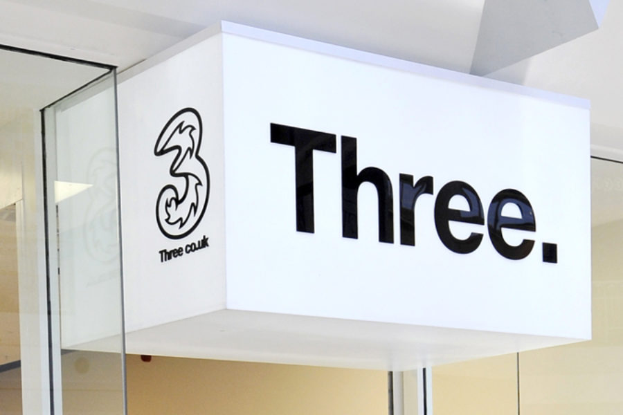 Three Mobile hack may have affected 76,000 more customers
